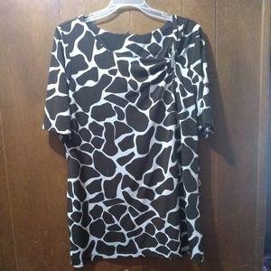 Ladies short sleeve blouse